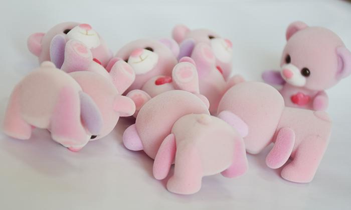 粉色脚印爱心熊