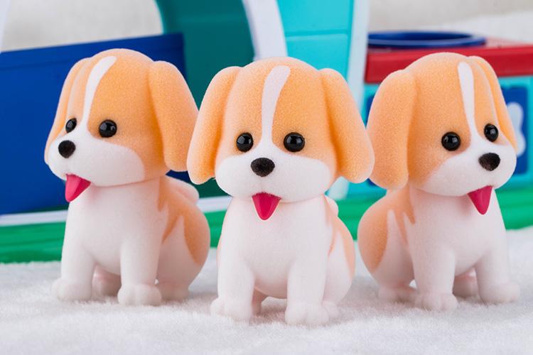 塑胶植绒小黄狗